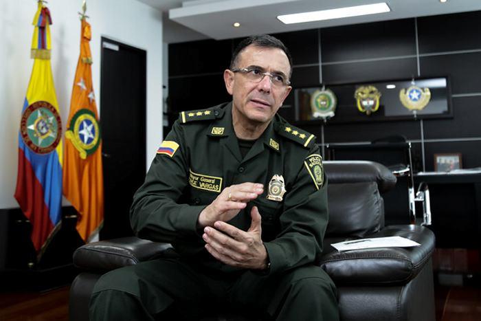 Satisfacción por un general de la Policía   Agencia de Periodismo  Investigativo