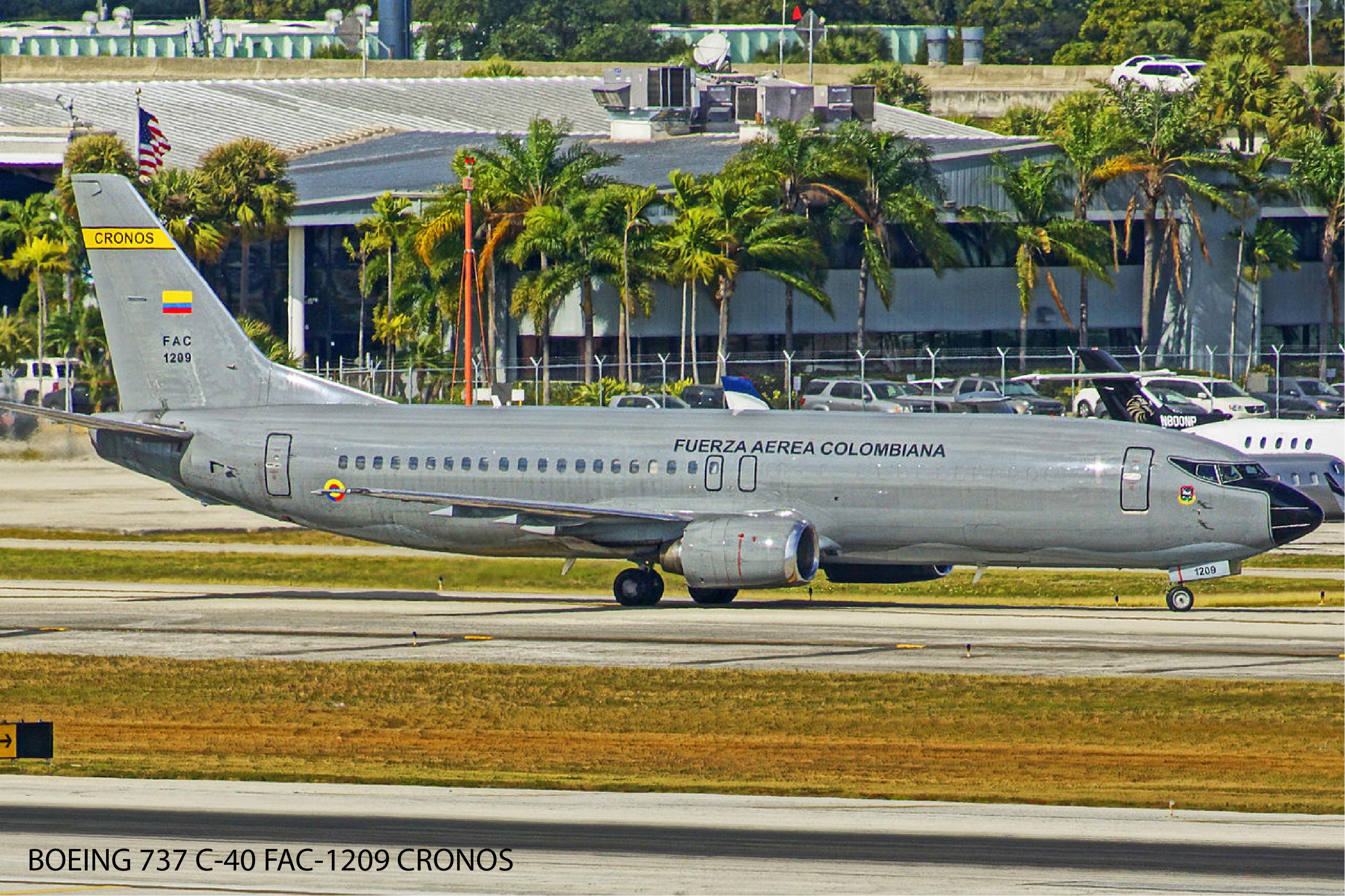 BOEING 737 C-40 FAC-1209 CRONOS